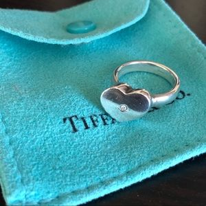 Tiffany & Co. Modern Heart Ring 💎